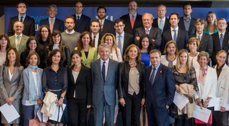 Fundacion Mutua Ayudas a la Investigacin 2014