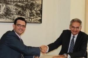 Colegio Malaga acuerdo Plus Ultra