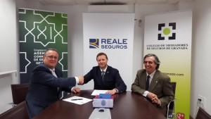 Colegio Granada renueva acuerdo Reale mar 16