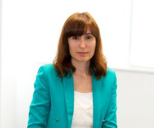 Aviva Ivana Roa Directora del Area de Personas jun 16
