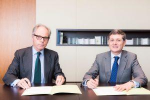 Caser renueva acuerdo Clinica Navarra jul 16