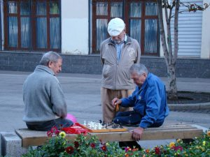 Recurso abuelos activos ajedrez pixabay nov 16