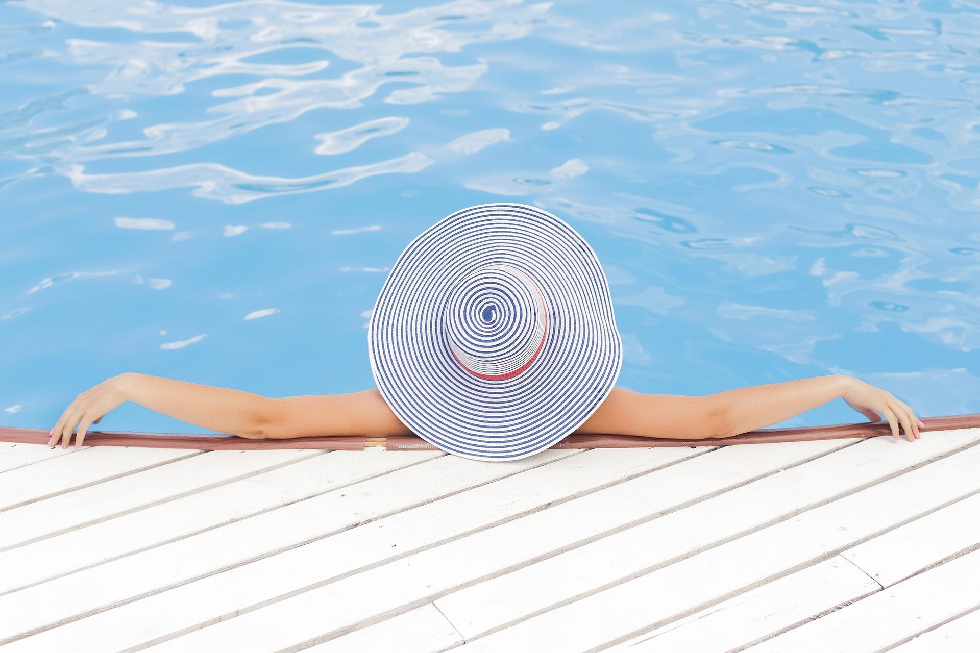 Legit.Health se une a DKV para prevenir el auge del cáncer de piel en las playas españolas con inteligencia artificial.