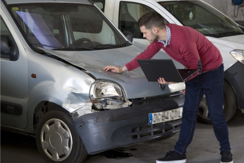 Curso Superior de Perito de Seguros de Automóviles