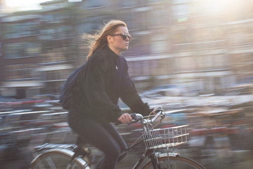 bicicletas, patinetes eléctricos