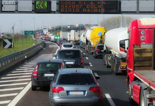 Pontevedra, Cantabria, Cádiz, las provincias más caras para contratar un seguro de coche