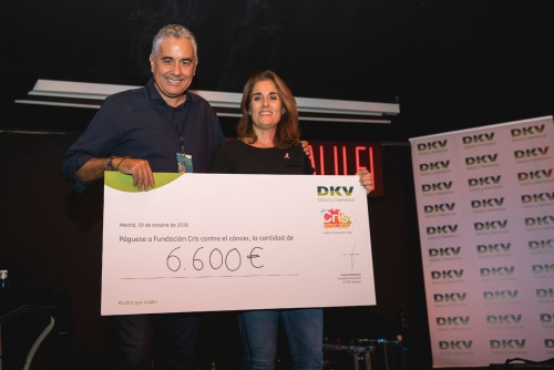 DKV y Ariel Rot recaudan 6.600 euros contra el cáncer