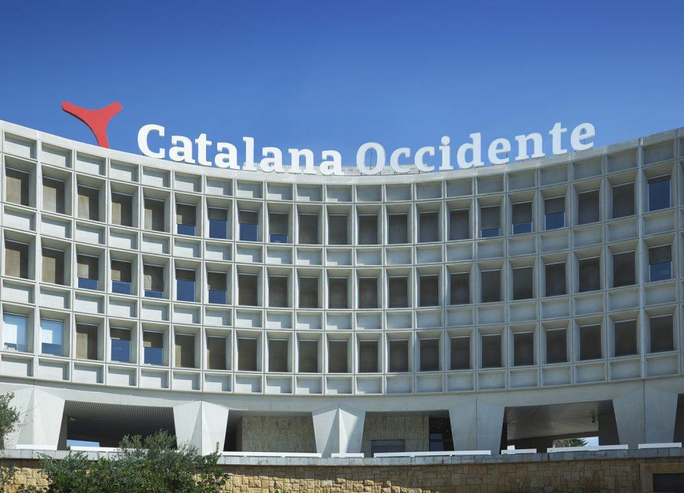 El Grupo Catalana Occidente ofrece un tratamiento antilluvia gratuito para reforzar la seguridad al volante de sus asegurados.