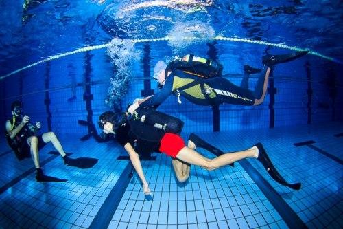 Fundación MGS apoya el submarinismo adaptado a personas con movilidad reducida
