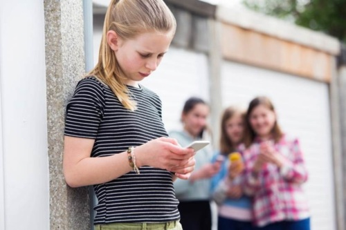Das presenta un programa de detección temprana del ciberbullying