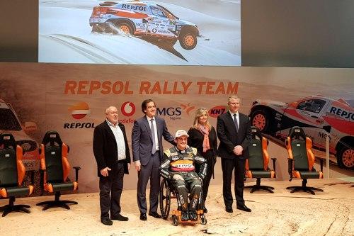 Isidre Esteve presenta su equipo para el Rally Dakar 2019