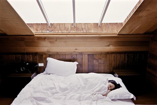 Vivaz, el primer seguro de salud que recompensa a los clientes por dormir