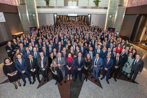 Estabilidad, competitividad y servicio, ejes de AXA para 2019