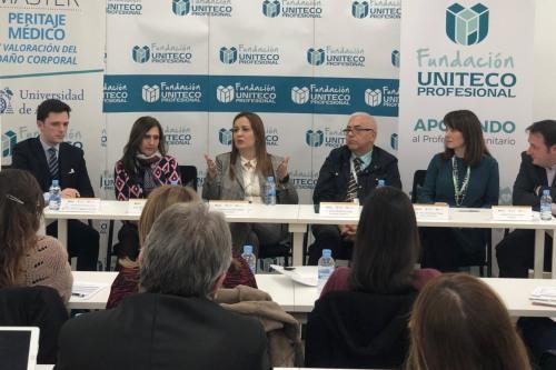Peritos y abogados debaten sobre el peritaje médico