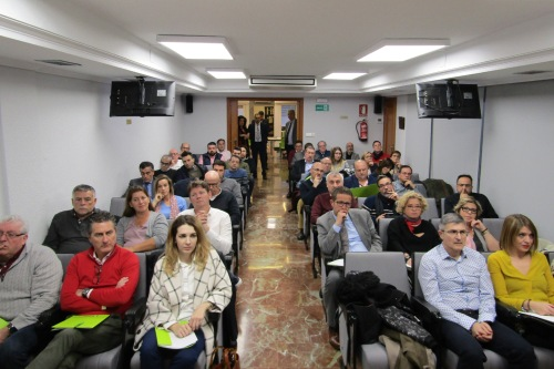 El Colegio de Alicante y Arag imparten formación sobre la nueva IDD