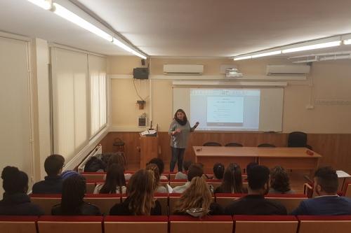 El Colegio de Gerona acerca la profesión a los jóvenes