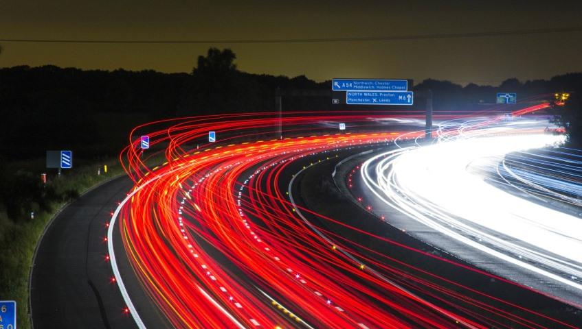 tráfico seguro de coche y noticias de seguros