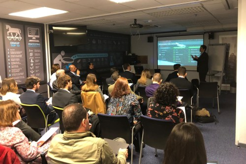 Hiscox desarrolla su primer programa formativo en ciberseguridad