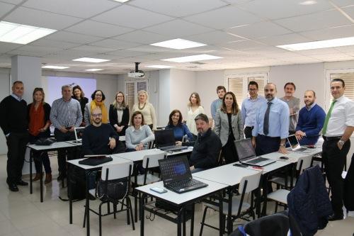 El Colegio de Valencia imparte un taller sobre tratamiento de datos personales