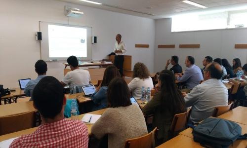La UDC gradúa la tercera promoción de especialistas en gerencia de riesgos