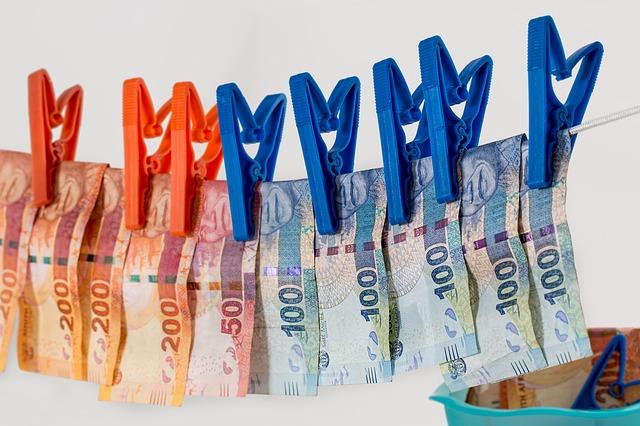 Escándalos financieros, estafas y fraudes fiscales que desequilibraron la economía mundial