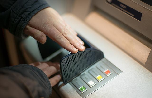 Seguridad y promociones, nuevas claves para elegir banco