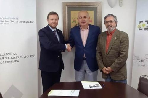 El Colegio de Granada y Cristalbox confirman sus buenas relaciones
