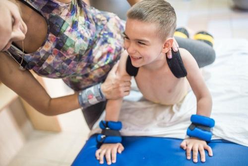 Impulso, el programa para ayudar a menores y jóvenes con enfermedades raras