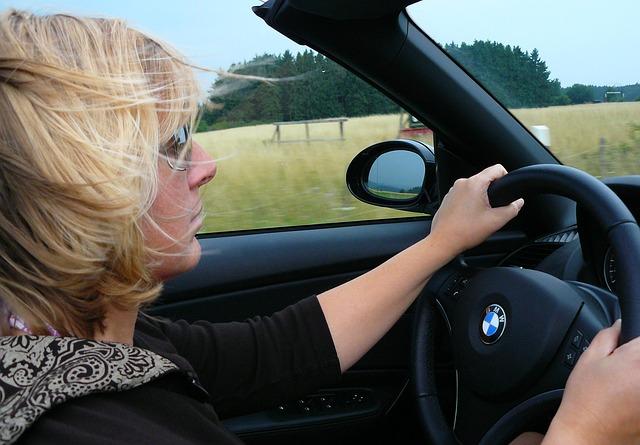Las madres españolas, campeonas en conducción