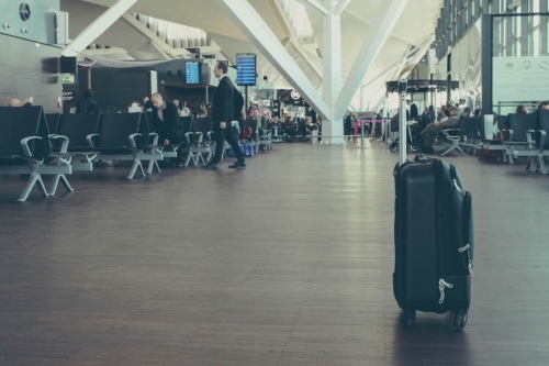 Qué hacer si una huelga de transporte aéreo te chafa la Semana Santa