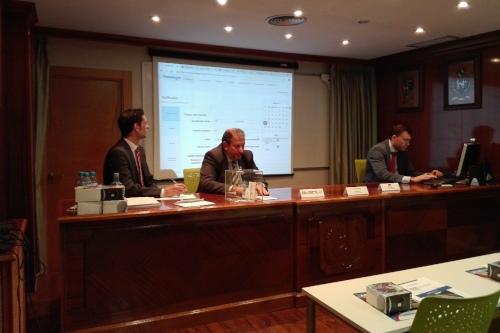 Los colegiados de Zaragoza y Teruel aprenden sobre el sector motos