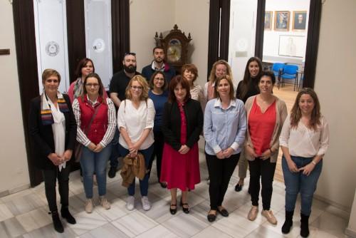 El Colegio de Valencia lleva hasta Gandía un curso sobre atención telefónica