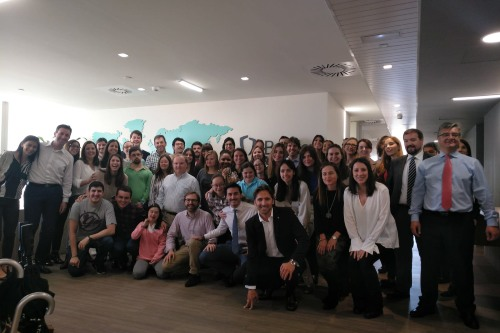 Berkley comparte una jornada de trabajo con los alumnos de Prodis