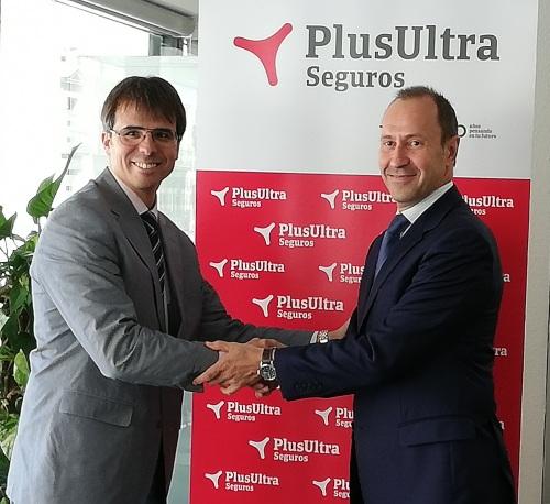 Plus Ultra Seguros extiende su compromiso con el Colegio de Tarragona