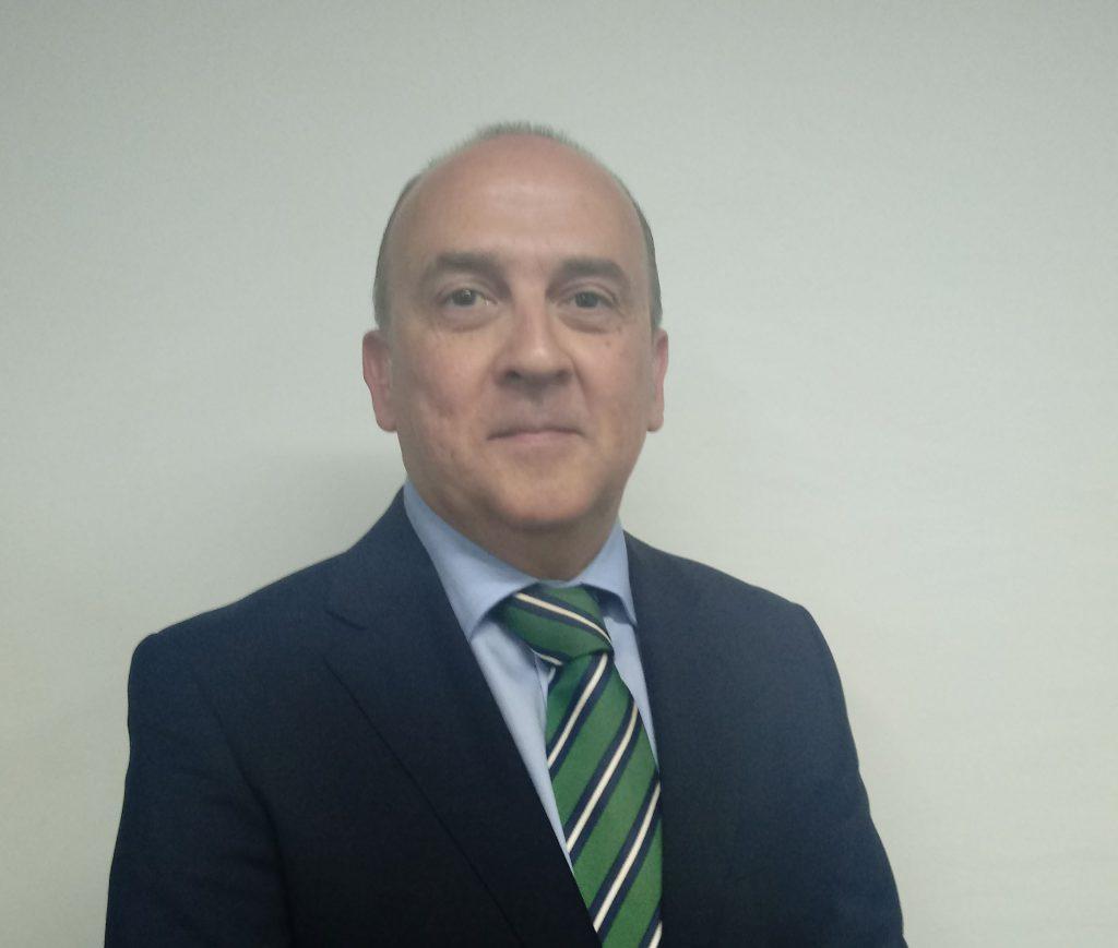 Luis Lipe Engloba