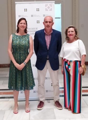 Los Colegios de Córdoba, Huelva y Sevilla y Cristalbox acuerdan un protocolo de colaboración