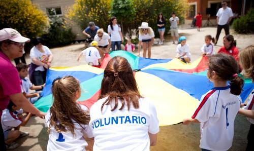 Fundación Mutua Madrileña convoca los VII Premios al Voluntariado Universitario