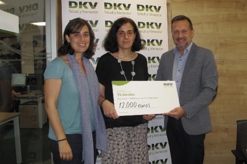 La Federació Salut Mental Catalunya recibe una donación de DKV
