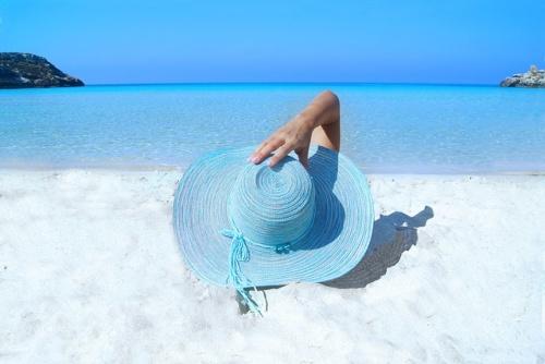 El cáncer de piel y los falsos mitos sobre la exposición solar