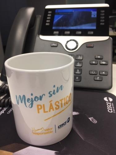 CESCE pone en marcha la campaña Mejor sin Plástico
