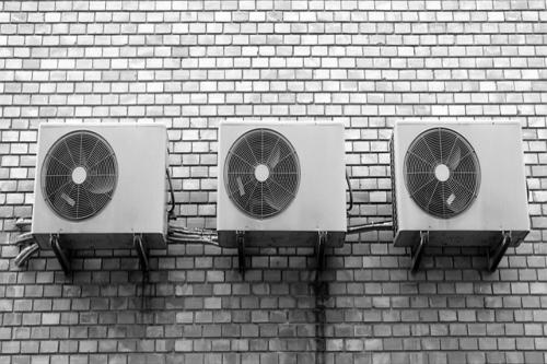 En agosto se triplican las averías en los equipos de climatización