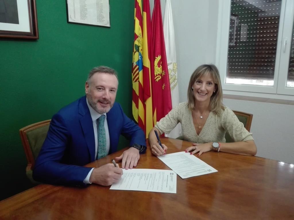 AXA Colegio Zaragoza noticias de seguros