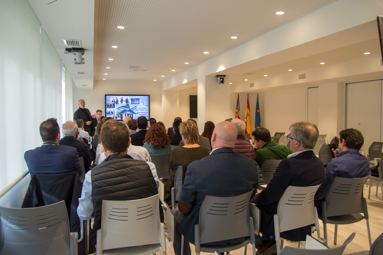 AXA COlegio de Valencia noticias de seguros