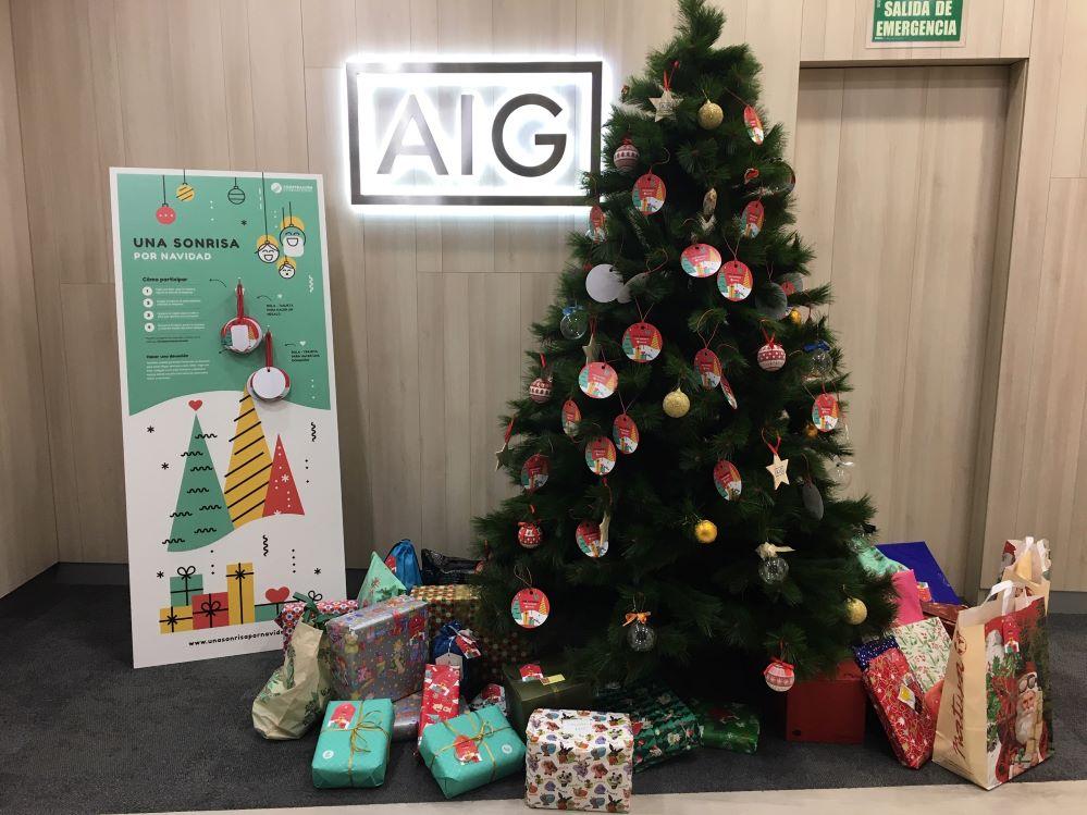 AIG sonrisas por Navidad noticias de seguros