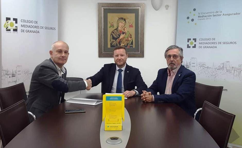 Colegio de Granada Cristalbox noticias de seguros