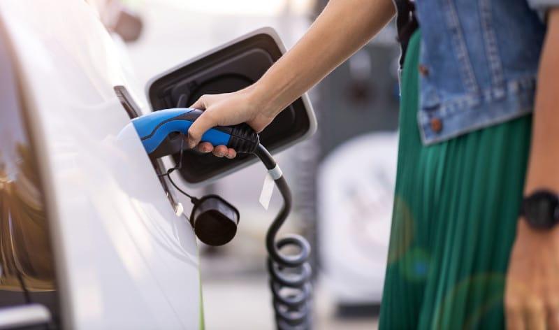 Opteven mitos coche eléctricos noticias de seguros