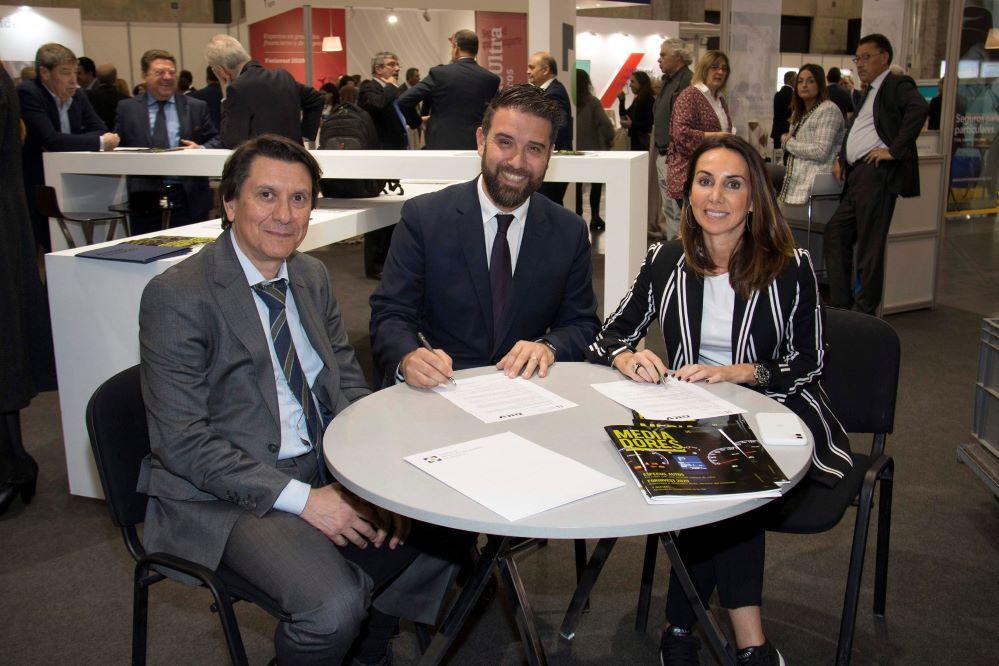 Colegio de Valencia y DKV noticias de seguros