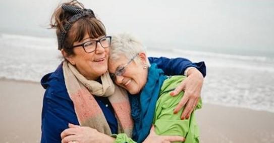 AXA acompañamiento emocional noticias de seguros