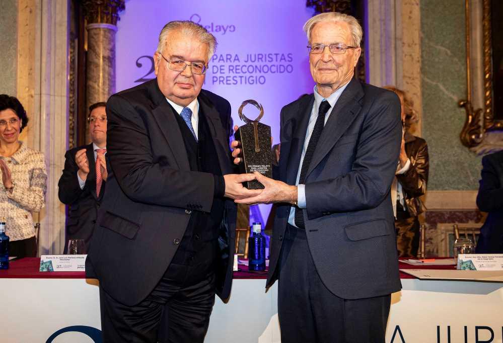 Premio Pelayo Garrigues Walker noticias de seguros