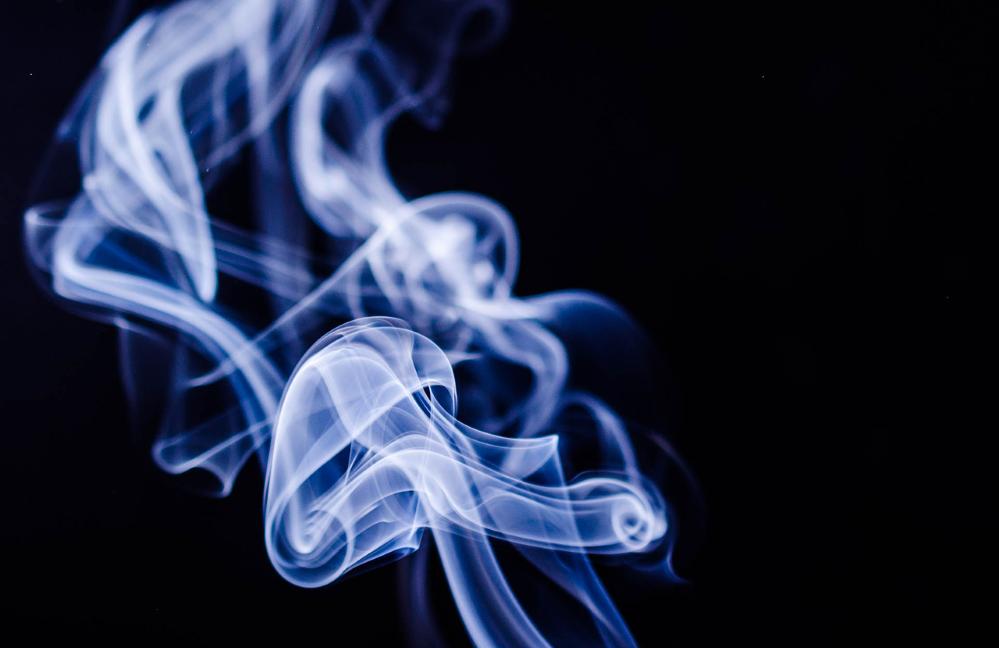 Fumar riesgo COVID-19 noticias de seguros
